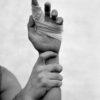 Autorretrato con la mano herida 1983
